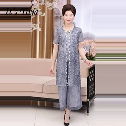 2b74f1e6911 It s Yiiya Mother of the Bride Dresses Plus Size Embroidery 3 piece set  Fashion Designer Lace Elegant Mother Dress M003