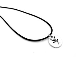$enCountryForm.capitalKeyWord Australia - round Origami Love Deer Horn Antler leather Necklace Hollow Outline Animal Moose Necklaces for Women Minimalist Jewelry