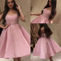 Cute sexy girls dresses online shopping - Cute Pink Beads Tulle Homecoming Dresses With Big Bow Sequins Crystals Formal Party Gowns For Junior Girls Gowns Tea Length Cocktail Dresses