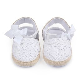 Chinese  Baby Girl Newborn Shoes Spring autumn Sweet Very Light Mary Jane Big Bow Knitted Dance Ballerina Dress Pram Crib Shoe manufacturers
