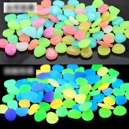 100pcs / bag Glow In The Dark Pietre di ciottoli luminosi per acquario Matrimonio Serata romantica Eventi festivi Decorazioni da giardino Artigianato B