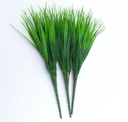 Wholesale Artificial Grass Green Imitation Plastic Artificial Grass Leaves Plant for Engagement Wedding Home Decoration Clover Plants Table Decors