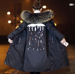 Longa jaqueta a quem a moda recreativa de novo fundo de 2018 100% branco pato coringa verdadeiros colares para engrossar o casaco de penas em Promoção
