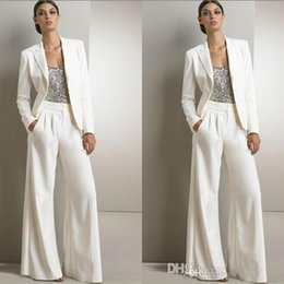 China New Designer 2018 White Three Pieces Mother Of The Bride Pant Suits For Silver Sequined Wedding Guest Dress Plus Size Dresses With Jackets supplier yellow wedding dress for mother bride suppliers