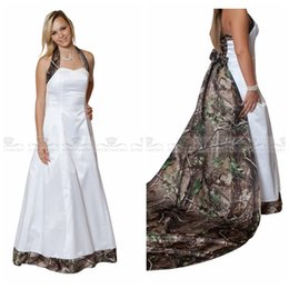 $enCountryForm.capitalKeyWord Canada - Halter Camo A-Line Wedding Dresses With Detachable Train Bridal Gowns Lace Up Back 2018 Camouflage Real Tree Satin Bridal Wear