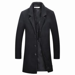 Venta al por mayor de 2018 Chaquetas medianas Largas para hombre casual espesar abrigo de lana abrigos de negocios invierno Hombre color sólido Slim fit abrigo