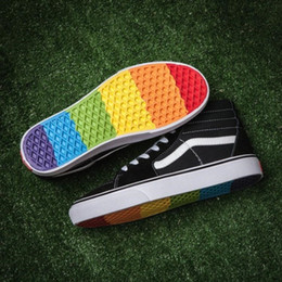 2018 Vans old skool Rainbow canvas Casual Running Sneakers Men Shoes Best  Quality Black Colorful Soles men women Skateboarding Shoes f46cabbef