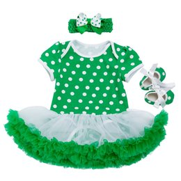 China 2019 St Patrick'S Day Clothes Sets Girls Fashion Cotton Dress Romper Ruffle Clover Printing Jumpsuit+Green Shoes+Bowknot Headband 3Pcs Sets cheap dressing styles jumpsuits suppliers