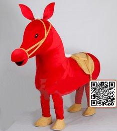 Toptan satış EVA Malzeme giyen iki kişi gösterisi kırmızı At Maskot Kostümleri Film sahne Karikatür Giyim Dört stilleri WS479