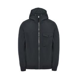 Soft ShellS jacketS online shopping - 17FW Q0622 SOFT SHELL R JACKET TOPSTONEY men jacket facshion HFLSJK107