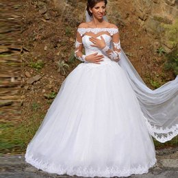 $enCountryForm.capitalKeyWord NZ - White Arabic Lace Ball Gown Wedding Dresses Sheer Long Sleeves Off the Shoulder Appliques Puffy Tulle Bridal Gowns Inexpensive