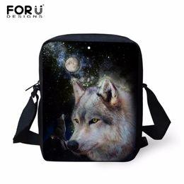wolf backpacks 2019 - FORUDESIGNS 2018 Wolf Printing Messenger Bags for Men  Women Hot Brand Designer c546a8783c