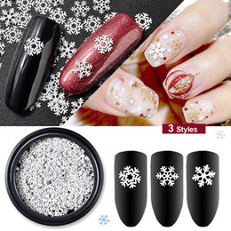 $enCountryForm.capitalKeyWord NZ - 1 Box Christmas Nail Art Sticker Decorations Mix Snowflake Designs White Metal Slice Sequins Manicure Accessories For Nails DIY