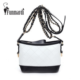 Trendy women s messenger bags online shopping - chain s FUNMARDI Quilted design leather messenger bag Luxury chain Bags New Fashion leather shoulder bag Trendy women bag WLHB1613