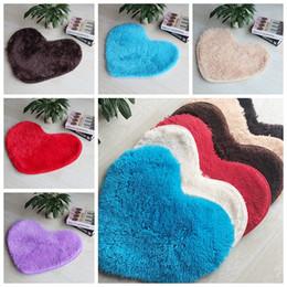 $enCountryForm.capitalKeyWord NZ - Wholesale-50*60cm Plush Soft Shaggy Non Slip Absorbent Bath Mat Bathroom Shower Rugs Carpet Heart Shape Mats