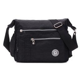 Women Wearing Shoulder Bags UK - 2018 Fashionable Women Shoulder Bag  Waterproof Nylon Bag Wear Resistant 82caef90007e5