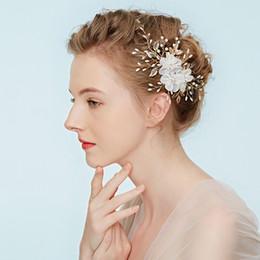 $enCountryForm.capitalKeyWord UK - Floral Bridal Hair Accessories Pearls Wedding Bride Hair Comb Gold Leaf Headpiece Gifts For Girls Handmade Jewelry