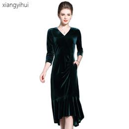 dbd6d6a04a8 Elegant Fashion Gold Velvet Mermaid Dress Green V-neck Pocket 3 4 Sleeve  Velvet Dress Female Ladies Vintage Package Hip Dresses