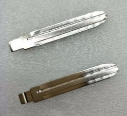 $enCountryForm.capitalKeyWord Australia - 10Pcs lot Best Folding key blade For Toyota (Crown, caramel, Landcruiser FJ), Camry, Corolla, and Reitz Car key embryo NO.02