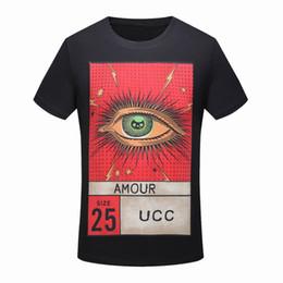 0a11e5c50d5c T-shirt di marca di lusso a manica corta Bella romanzo occhi lettere  modello Design di stampa T-shirt Moda T-shirt per uomo