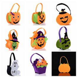 Face tote online shopping - Halloween Pumpkin Candy Bag Trick Treat Cute Smile Basket Face Children Gift Handhold Pouch Tote Bag Non woven Pail Props bag GGA730