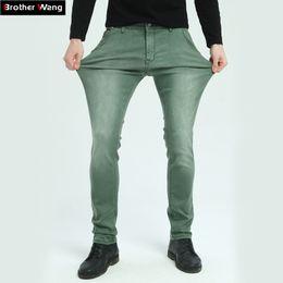 ac54a961a47a0c Brother Wang Marke 2017 Neue Männer Elastische Jeans Fashion Slim Skinny  Jeans Casual Hosen Hosen Männlich Grün Schwarz Blau