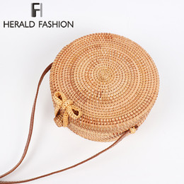 Herald Fashion 2018 Round Straw Bags Women Summer Rattan Bag Handmade Woven  Beach Cross Body Bag Circle Bohemia Handbag Bali 37b4e6b931d81