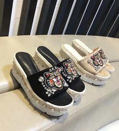968cc0c26c6377 High Quality Women s Shoes Scuffs Muffin bottom Slippers Beaded Animal  Embroidery Midsole-encrusted Rivets Straw Rhinestone 8.3cm Sandal