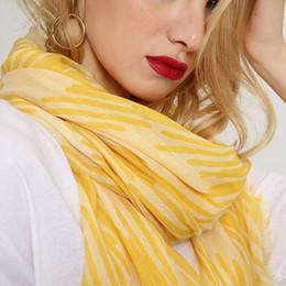 oversize plaid scarf 2019 - Tassel Plaid Women Scarves Spring Autumn Cotton Scarf Shawl Wraps Oversize 180*80cm Fringe Grid Tippet Summer Beach Stol