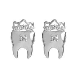 $enCountryForm.capitalKeyWord UK - Crown Teeth Stud earrings with Crystal Gold Silver Metal Tooth Earrings for Nurse Doctor Dentist Dental student Medical Jewelry