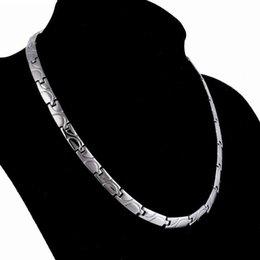 Venta al por mayor de joyas de diseño collar de acero de titanio joyería sana energía magnética para los hombres sanos libres de la manera caliente de envío