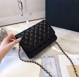 ae53d1779a 5A Qualité Classique Femmes Black Caviar Woc Embrayages Bandoulière Sac  33814 Peau D'agneau Qulited Mini Rabat Sac À Bandoulière 20cm Factory Outlet
