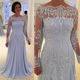 Wholesale Lavender Long Sleeves Mother Of The Bride Dresses Sheer Boat Neck Floor Length Appliques Chiffon Beach Women Prom Wedding Guest Gowns