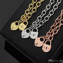 letter t pendants 2019 - 316L titanium steel T letter keychain peach heart lock double pendant thick necklace 18K gold men and women necklace che