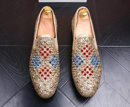 $enCountryForm.capitalKeyWord NZ - 2018 New style Rivets Flats Men Loafers Wedding Shoes Stud Slip on British Style Man Dress Shoes Gold Black Casual Men Shoe G32