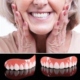 Vente en gros Placages de sourire parfaits professionnels Dub en stock pour la correction des dents pour les mauvaises dents placages de sourire parfaits