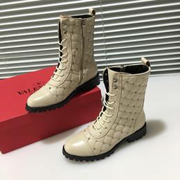 a5c6ea9f8816 Italian Boots Brands Canada - 2018 Italian luxury brand V   lentino ladies  leather boots Metal