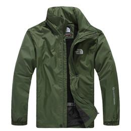 Venta al por mayor de Nuevo 2019 Caliente Al aire libre primavera otoño chaquetas Andes los hombres del norte mono impermeable de una sola capa abrigo cortaviento cara chaqueta envío gratis