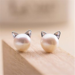 Wholesale MISANANRYNE Simulated Round Pearl Earring Stud Silver Color Stainless Steel Cute Cat Earring Fashion Wedding Pearl Jewelry