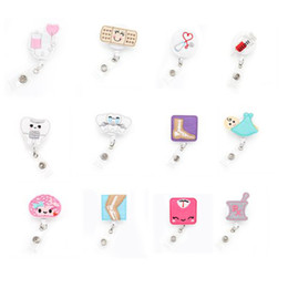 Wholesale felt Nurse Plastic Retractable medical nurse ID Badge Holder Yoyo Pull Reel Doctors ID Name Card for Gift