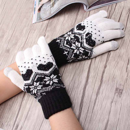 mitten patterns NZ - Children Girl's Winter Warm Snowflake Gloves Kids Women Heart Pattern Luvas Knit Mittens Full Finger Children Glove