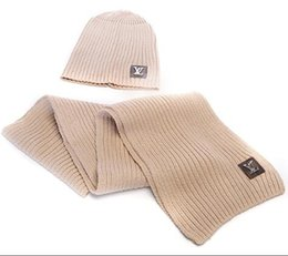 2 pcs   set 1 bonnet + 1 écharpe marque de marée chaude polo femmes bonnets 2aa3abdc59b