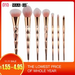 Pink eye Powder online shopping - MAANGE Diamond Makeup Brushes Set Powder Foundation Eye Shadow Blush Blending Cosmetics Beauty Make Up Brush Tool Kits D18110902