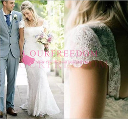 Capes winter wedding dress online shopping - 2018 Vintage Beach Cape Sleeve Wedding Dresses Scoop Neck Long Full Lace Back Zipper Country Garden Style Bridal Gown Custom Made