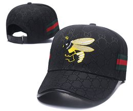 Discount baseball cap g - Popular G Ball Caps with Red Green Decor Strap Luxury Embroideried Bee Leisure Hats Top Quality 6 Panel Fashion Baseball