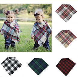 Baby Girls Winter Plaid cloak Kids chal bufanda poncho cashmere Chaquetas Outwear Niños Abrigos Chaquetas Ropa Ropa en venta