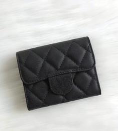 e3e651166 Diseño de moda 2018 corto billetera de cuero genuino de piel de cordero dos  carteras de tarjeta de titular de la tarjeta de doble carpeta con caja buen  ...