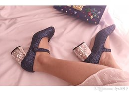 b023ee5b33c6 2018 new Pink bling Water drill flowers Mary Jane shoes Single shoes woman  Retro banquet shoes