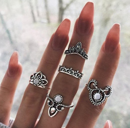 $enCountryForm.capitalKeyWord Australia - Retro Womens Joint Knuckle Nail Ring Set Crown Hollow Out Stack Rings  Knuckle Midi Mid Finger Tip Stacking Ri