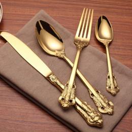 $enCountryForm.capitalKeyWord NZ - Vintage Western Gold Plated Dinnerware Dinner Fork Knife Set Golden Cutlery Set Stainless Steel 4 Pieces Engraving Tableware wn584 20set